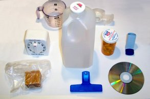 Plastic_household_items